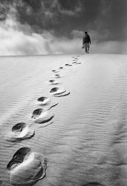 1x.com-Walking-in-the-Unknown-by-Alexandre-Buisse
